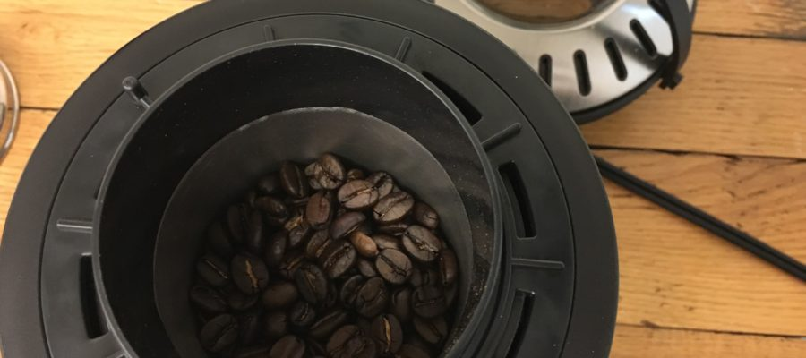 超簡単に自家焙煎!生豆を入れてボタンを押すだけ。電気式ロースター LITHON ライソン ホームロースター RT-01でコーヒー焙煎してドリップ!