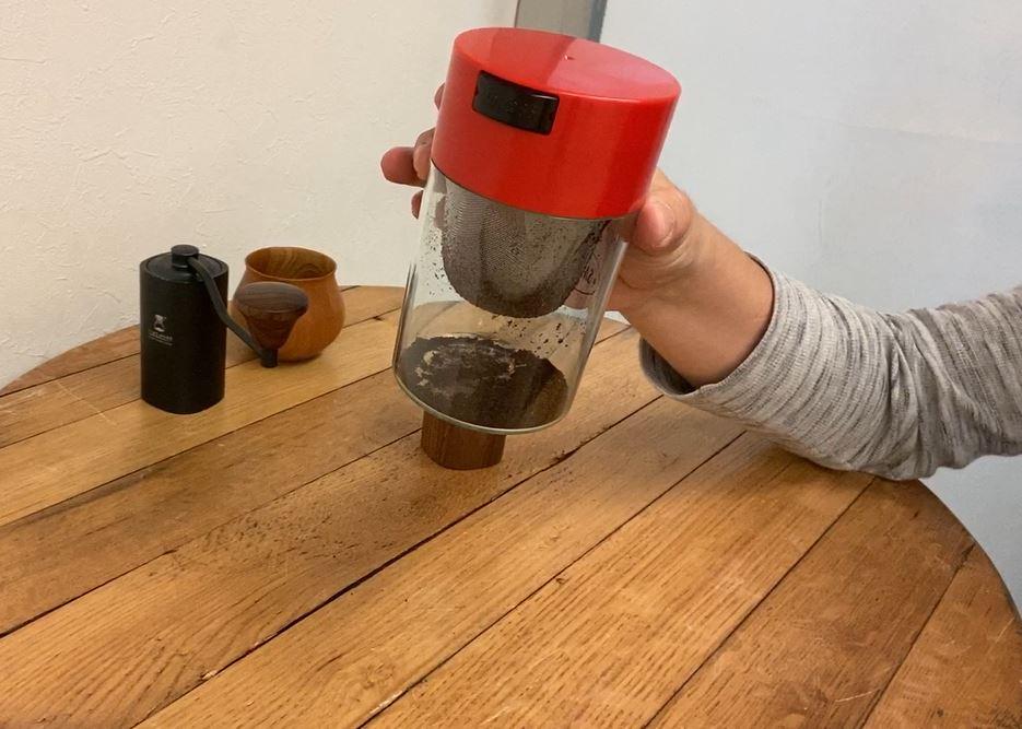 「コーヒー保管」と「パウダーコントロール」サザコーヒー バキュームストッカーメッシュ1種